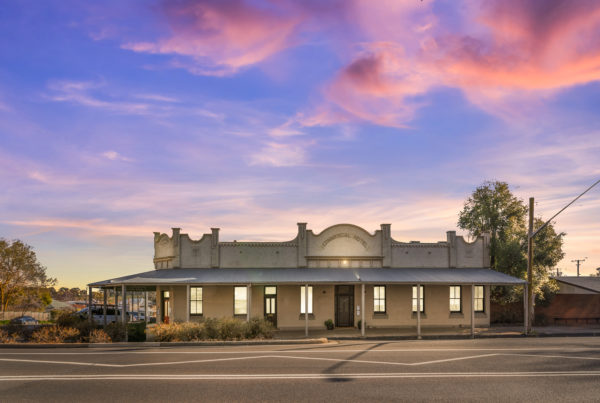 The Commercial Hotel, Millthorpe NSW